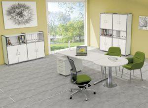verkettbarer und höhenverstellbarer Schreibtisch