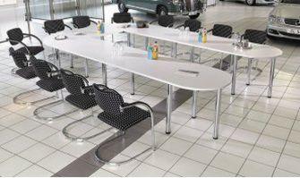 U-förmiger Konferenztisch