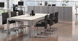 8-Personen-Besprechungstisch mit Stühlen preiswert