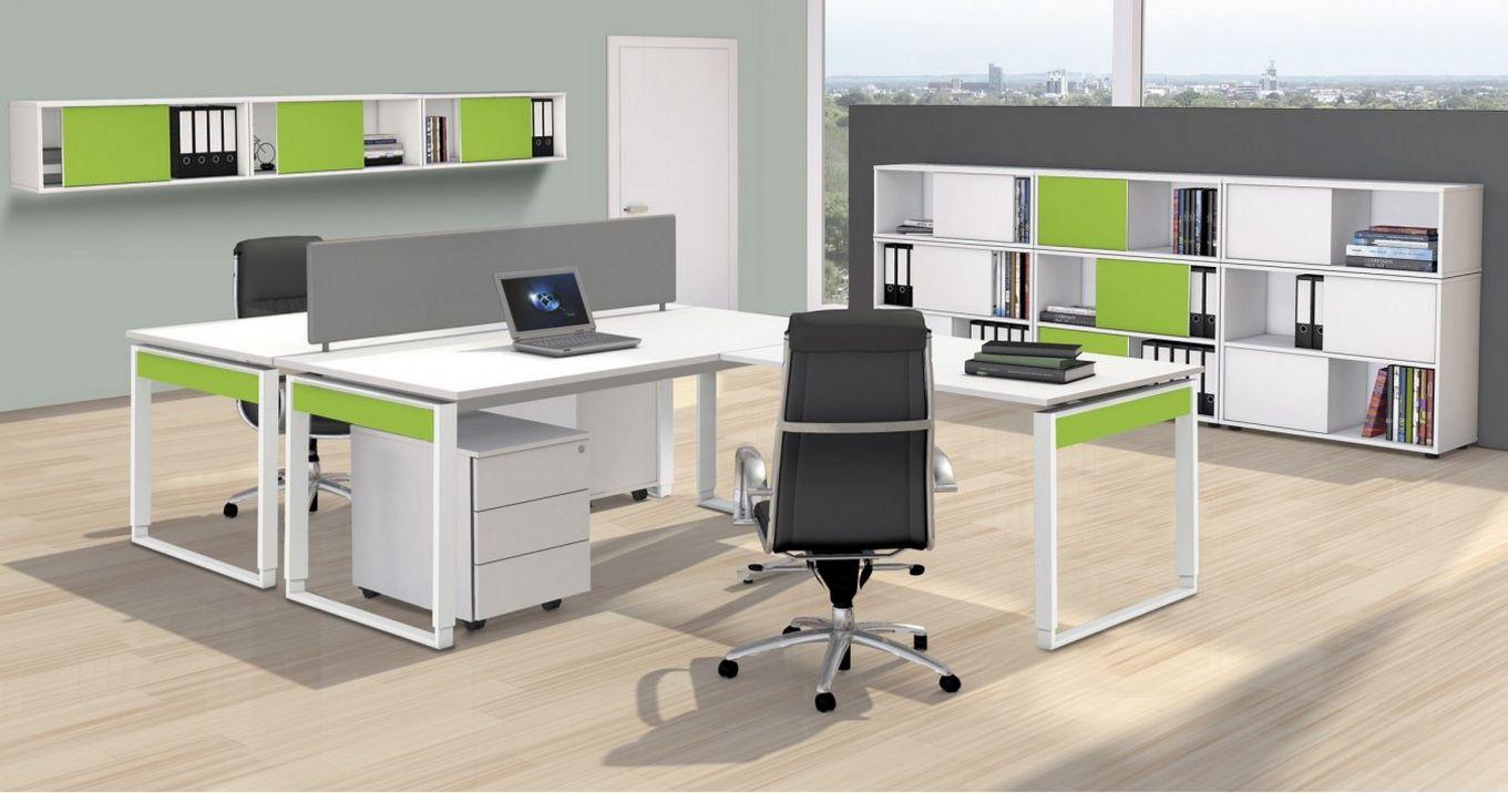 Teamarbeitsplatz Schreibtische mit Trennwand