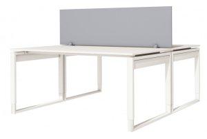 2 höhenverstellbarer Schreibtische als Teamarbeitsplatz