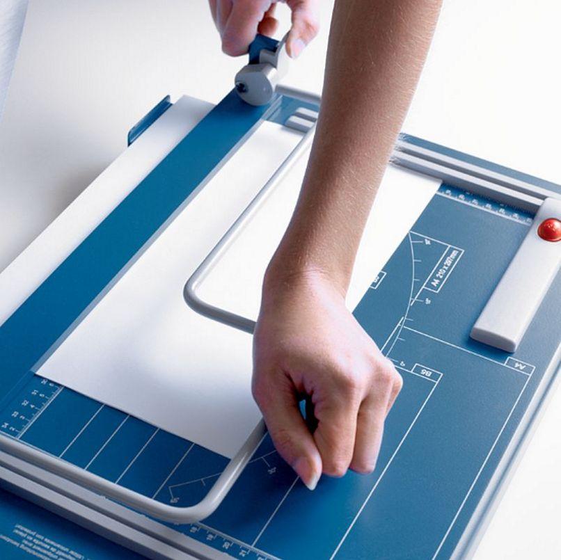 Homeoffice-Papierschneidemaschine sichere Bügelpressung