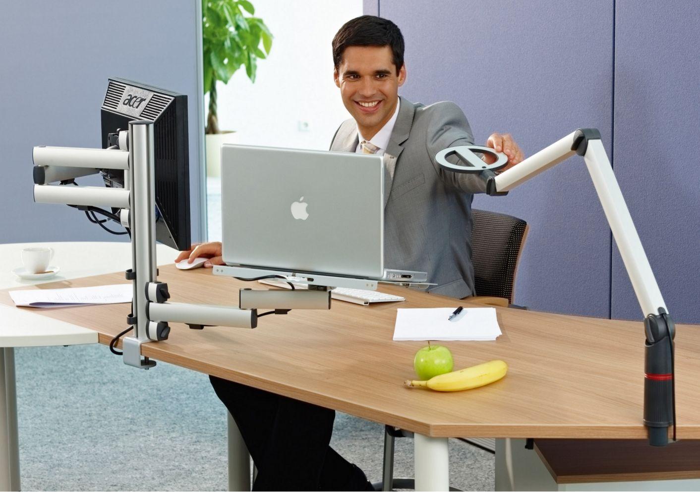 frei schwenkbare Schreibtischhalterung für Monitor und Notebook