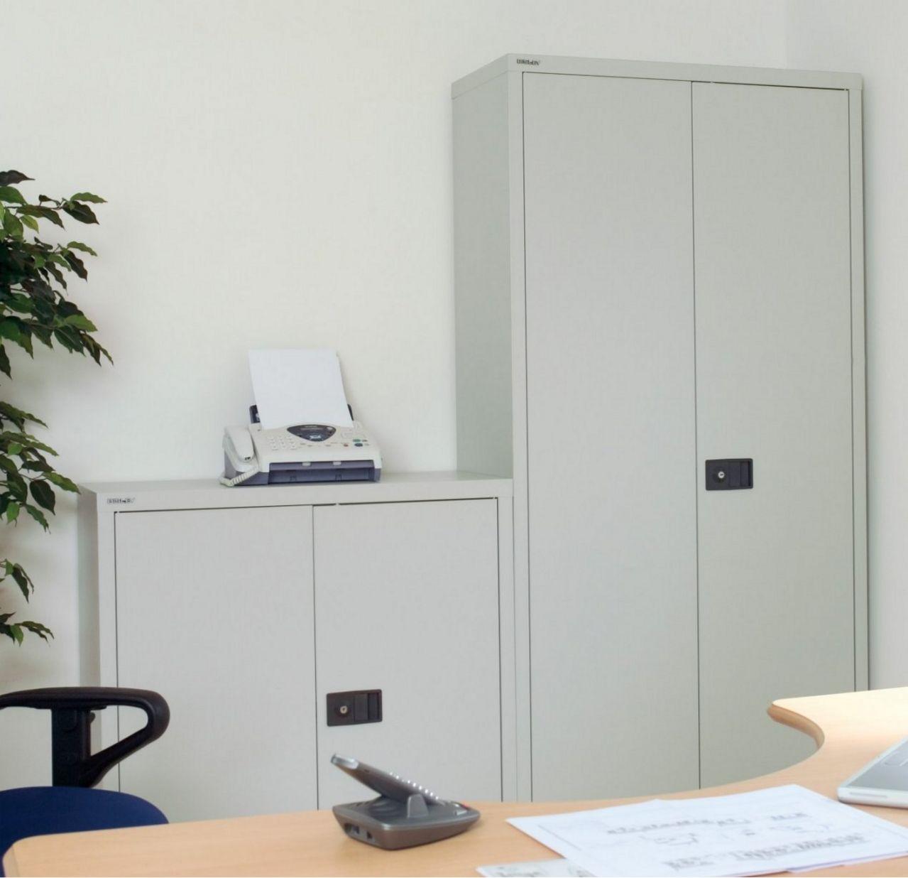 Bürostahlschrank Metalllackierung hellgrau