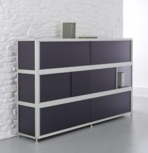 Büro-Highboard aus schwarzem Acrylglas