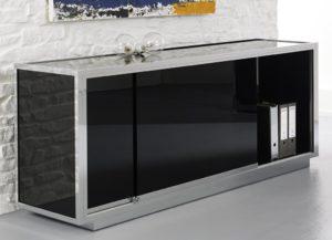 exlusives Büro-Sideboard aus schwarzem Sicherheitsglas auf Metallsockel