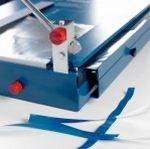 Werkstoffschneidemaschine abschließbare Schneidemesser