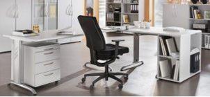 stabiler Schreibtisch sofort lieferbar
