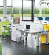 moderner Schreibtisch-Stahlschrank mit Laufrollen