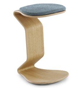 Schreibtisch-Sitzhocker mit leicht federden Holzgestell und scheuerfestem Polstersitz