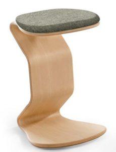 Schreibtischhocker für Jugendliche mit leicht federnden Holzgestell
