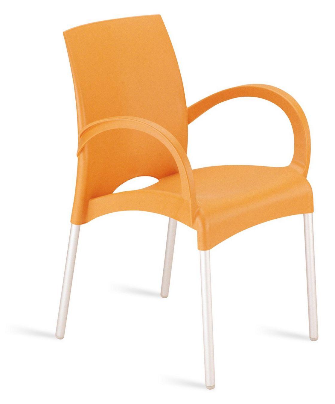 orangener Stuhl mit Armlehnen